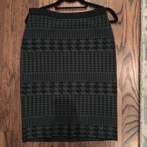 Carmen by Carmen Marc Valvo sweater skirt